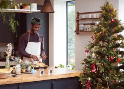 A Taste of the Holidays: 9 Gifts for Your Favorite Foodie